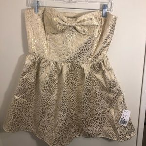 NWT Gold & Bow Dress